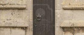 Trong dør og open famn